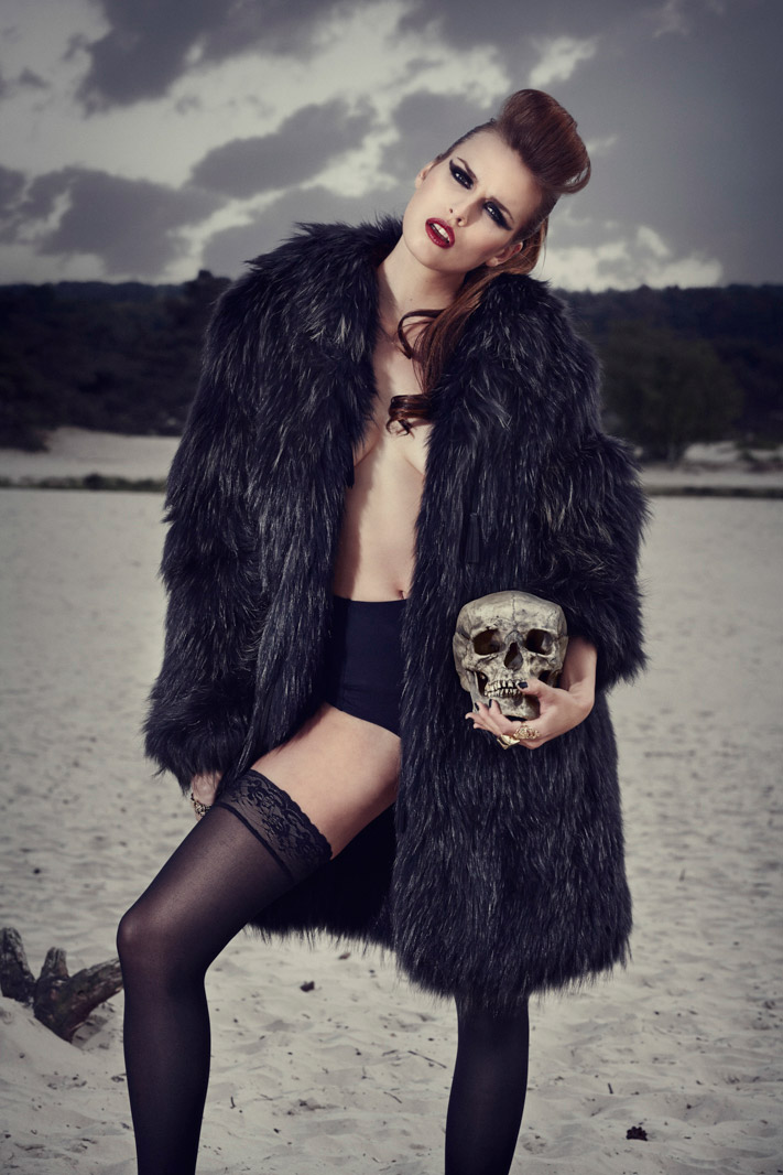 Thomas_Thijssen_Photography_Fashion_Skull_10