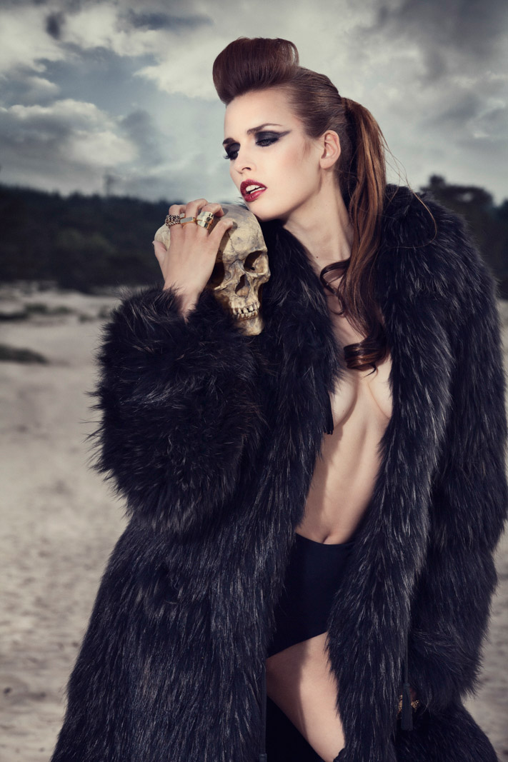 Thomas_Thijssen_Photography_Fashion_Skull_12